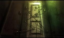 Дверь в подвале