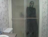 Старушка в ванной