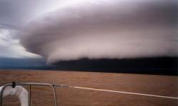 Ядовитое облако может погрузить Землю во тьму