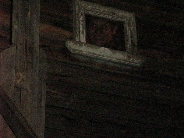 Почему нельзя смотреть в окно когда хоронят покойника